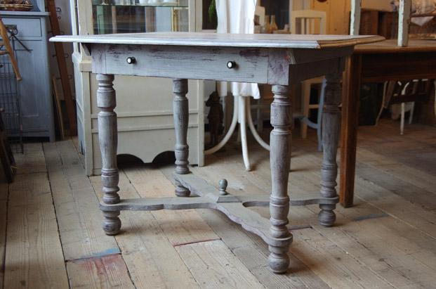 アンティーク家具 シャビー 福岡 什器 テーブル